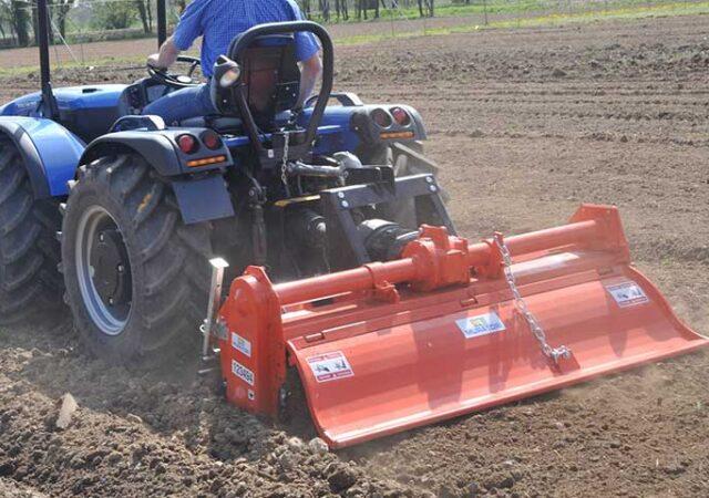 Frees-voor-traktor